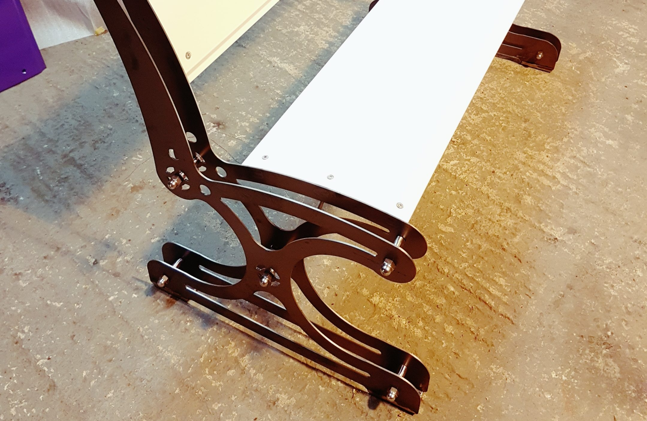 Aero Bench, extruded aluminum bench seating, exclusive garden furniture.