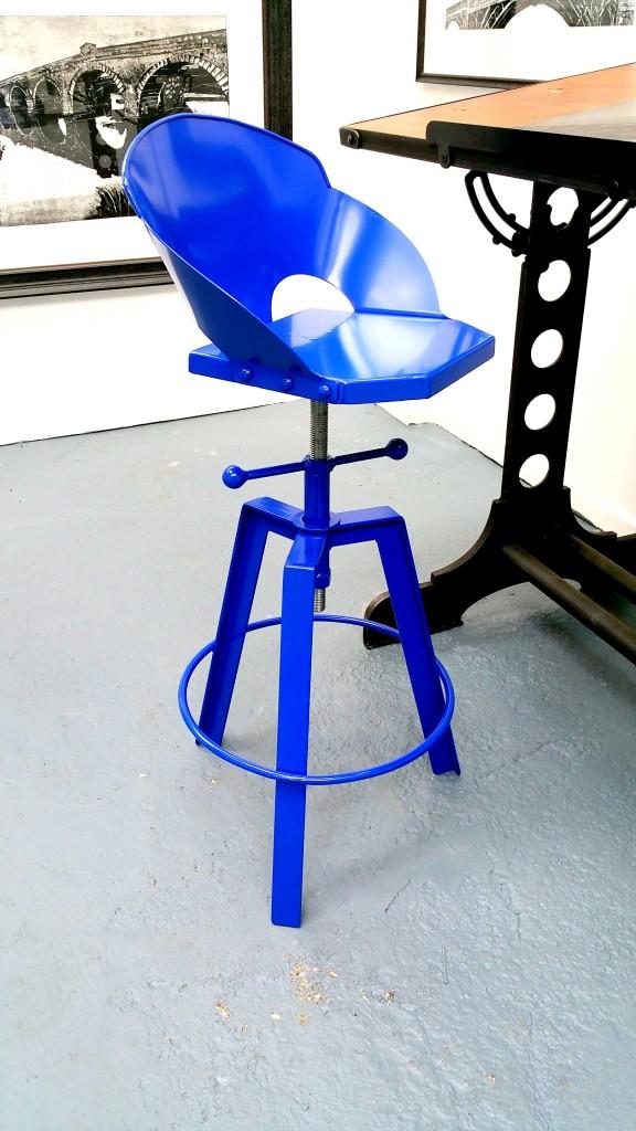 Blue stool2